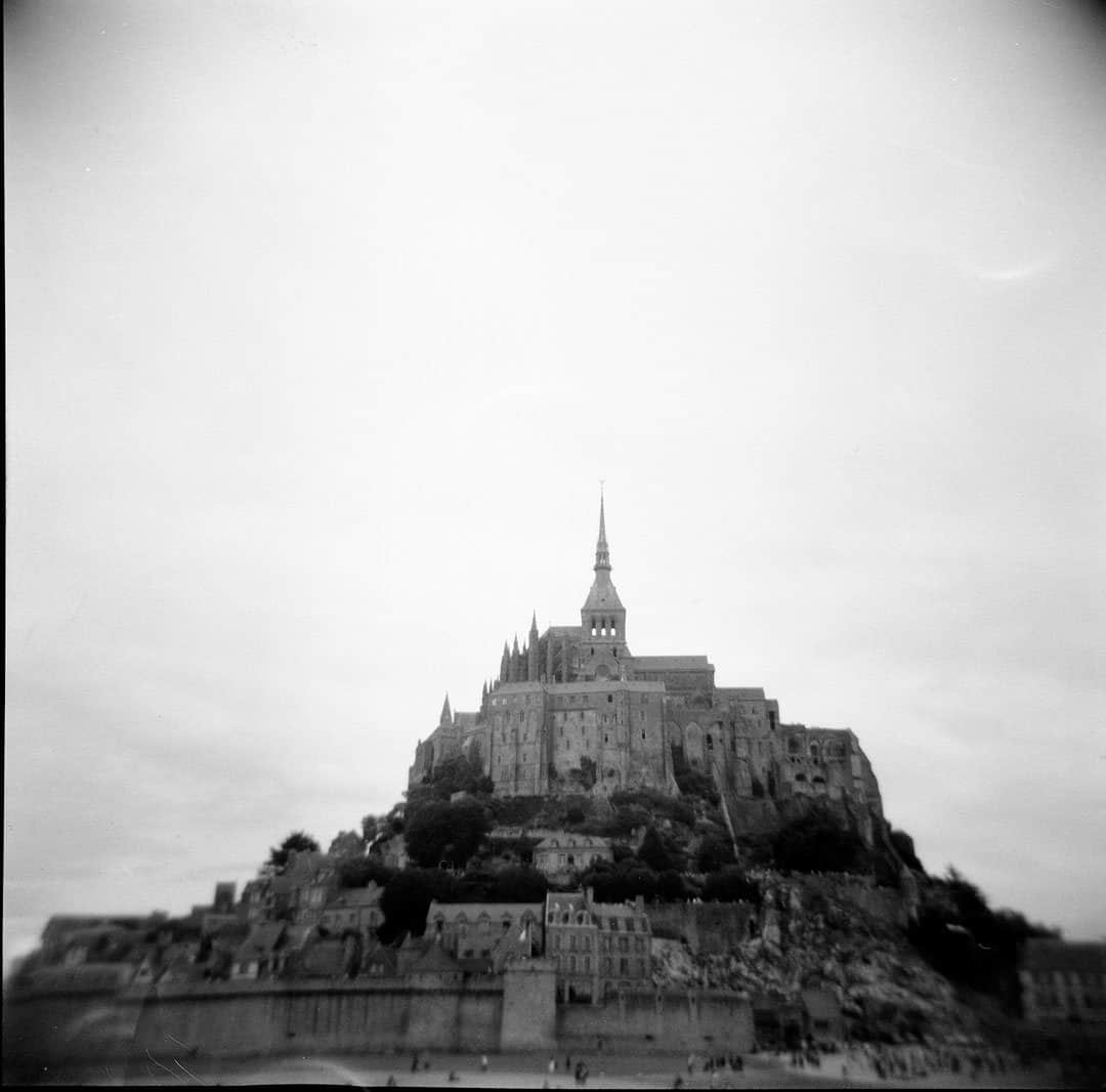 How to Shoot with a Holga 120 by Jennifer Stamps on Shoot It With Film