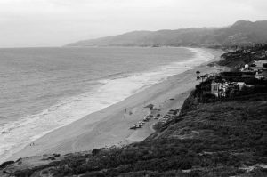 Black and white beach landscape on Ilford HP5 film - Guide to Ilford BW Film by David Rose on Shoot It With Film